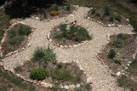 lawn u0026 garden small round shape backyard stone garden design for