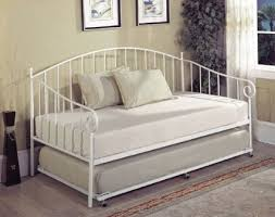 Metal Daybed With Trundle Bedroom Metal Daybed With Trundle Ideas 41741922201714 Metal