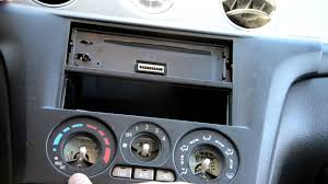 radio change in mitsubishi outlander 2005 youtube