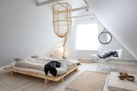 chambre dans les combles aménager une chambre sous les combles 35 idées pour vous inspirer