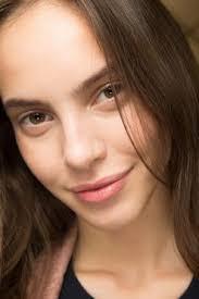 Juliette Barnes Makeup Vogue Asks Should I Apply My Mascara Eye Shadow Or Eyeliner