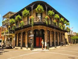 New Orleans Tourist Map by City Guides Megabus