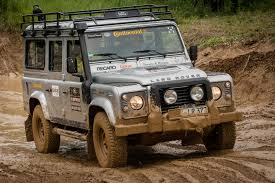 original land rover defender file landrover defender atar jpg wikimedia commons