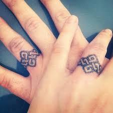 wedding ring tattoos best 25 ring finger tattoos ideas on married