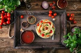 cuisine italienne pates cuisine italienne pâtes à l huile d olive l ail le basilic et les