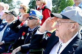 John D Barnes Bronx Man Remembers D Day Visits Cemetery In Normandy On
