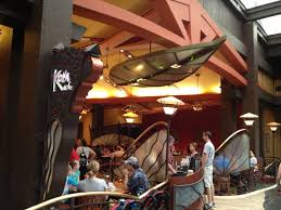 gf in disney world kona cafe at the polynesian resort