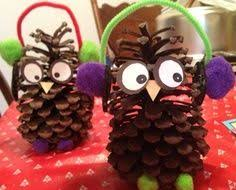 felt and pinecone turkey craft googly pine cone and scissors