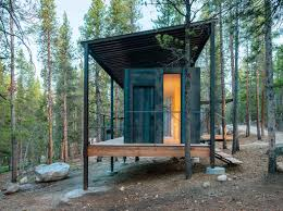 modern colorado prefab cabin by outward bound made of steel and