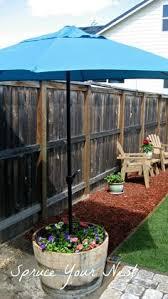 Backyard Umbrellas 48 Idées D U0027un Mur D U0027eau Original Pour Votre Jardin Gardens