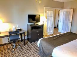 Comfort Suites Coralville Ia Baymont Inn Coralville Ia Booking Com