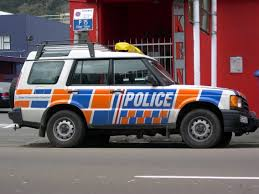 land rover 1999 file 1999 2001 land rover discovery ii new zealand police 01 jpg