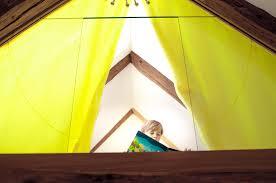 leselen schlafzimmer lesezimmer lesen bilderbuch versteck auguck vogelkoje