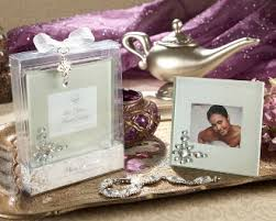 picture frame wedding favors 91 best picture frame wedding favors images on place