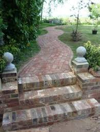Brick Patio Diy Reclaimed Brick Veneer Rustic Backyard Brick Patio With Natural