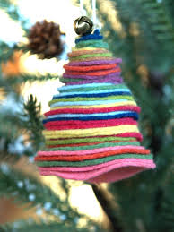 How To Make Adorable Wood Slice Christmas Ornaments Cute And Cuddly Felt Christmas Trees And Other Ornaments