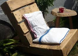 one pallet chair creation palette pinterest sillas palets y