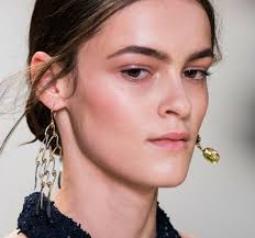 mismatched earrings trend trend forward shop therapy december 2014