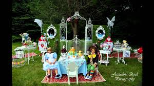 stunning alice in wonderland party decorations youtube