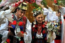 wedding traditions and superstitions fashion worldwide