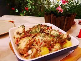 cuisiner roussette recette de médaillon de roussette en matelote