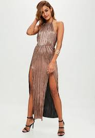 gold maxi dress gold crinkle halterneck maxi dress missguided