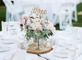 how to make centerpieces mistakes brides make when choosing wedding centerpieces of