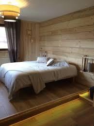 chambre lumiere chambre avec lumière au goût du hôte salle de bain cachée