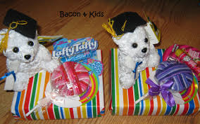 graduation gifts for kindergarten students kindergarten graduation candy themed party bacon kids