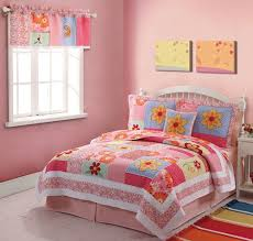 Girls Bright Bedding by 14 Best Bedding For Gracie Images On Pinterest Girls Quilts