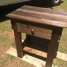 Refurbished End Tables by Refurbished Old Couch Into Pallet Sofa