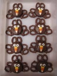 wide eyed turkey cupcakes oreo turkey oreo and thanksgiving