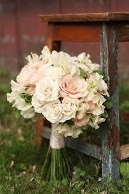 wedding flowers edmonton bouquet de noiva cor branca e verde wedding weddings and flowers