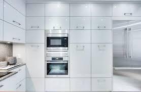 armoire de cuisine thermoplastique ou polyester les matériaux d armoires de cuisine possibles cuisines verdun
