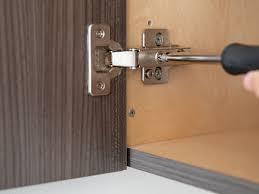 what size screws for kitchen cabinet door hinges how to adjust cabinet doors