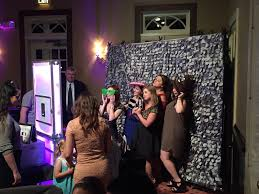 Photo Booth Rental New Orleans Aaron Lane Award Winning Wedding And Corporate Dj In Louisiana
