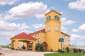 Comfort Inn Suites Airport And Expo La Quinta Inn Tulsa Airport Ok Booking Com