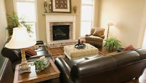 Wood And Leather Sofa Living Room Decorating Ideas With Leather Furniture Homesteady