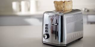 Burning Toaster 5 Best Toasters Reviews Of 2017 In The Uk Bestadvisers Co Uk