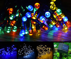 solar christmas lights solar powered christmas lights dudeiwantthat