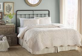 What Is A Bedding Coverlet - lark manor charlotte 3 piece coverlet set u0026 reviews wayfair
