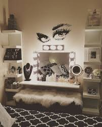 Wall Decorations For Bedrooms Best 25 Makeup Rooms Ideas On Pinterest Vanity Area Makeup