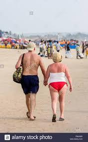 russian beaches woman sari goa beach stock photos u0026 woman sari goa beach stock