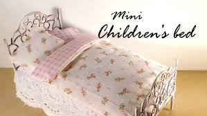 Dolls House Furniture Diy Miniature Furniture Cute Bed Tutorial Dolls Dollhouse Youtube