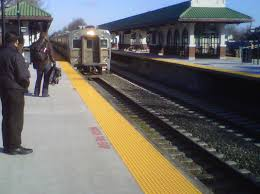 jersey gardens thanksgiving hours njt extra rail and bus service set for thanksgiving travelers