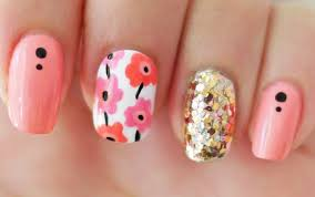 comes simple striped design for everyday nails very easy simple