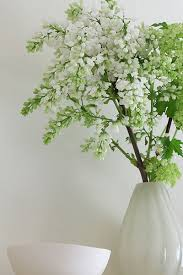 Vase With Twigs 15 Floral Arrangements With Flowering Branches Spring Home
