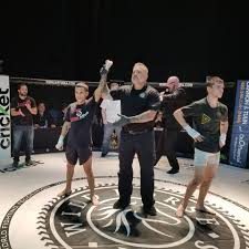 siege mma joshua madrigal of siege mma wins by fighting