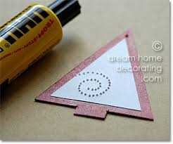 How To Make Paper Christmas Decorations At Home Paper Christmas Ornaments Easy To Make Christmas Decorations