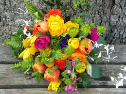 wedding flowers from springwell yellow for springtime weddings